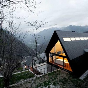 House at the Pyrenees by Cadaval & Sola-Morales
