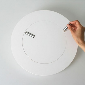 Minimalistic wallmounted clock