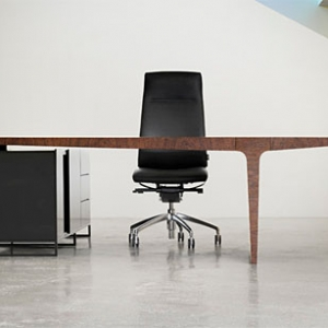 Level desk collection by AG Land 14