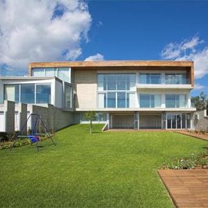 Adamos Residence by Varda Studio