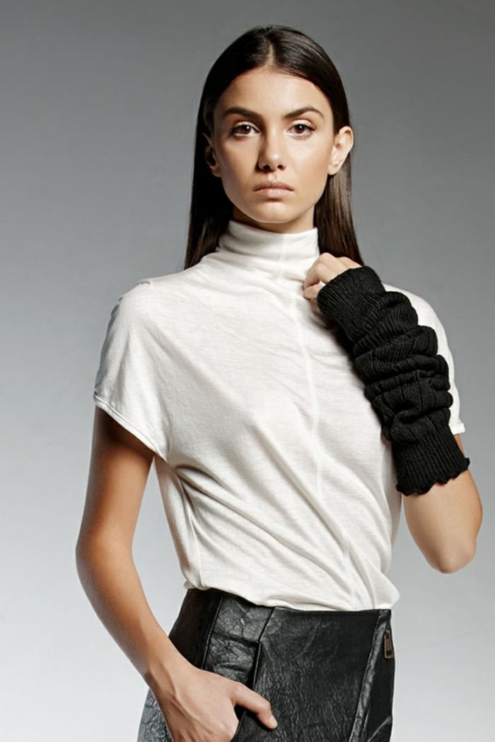 NARADRIEL-pendari-fashion-white-top-outfit
