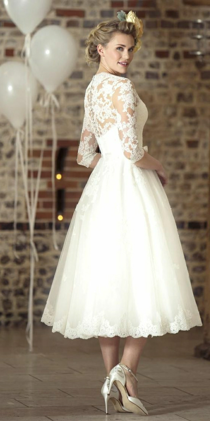 21638233d0a7d ▷ 1001 + Ideas for Vintage Wedding Dresses to Fall in Love With