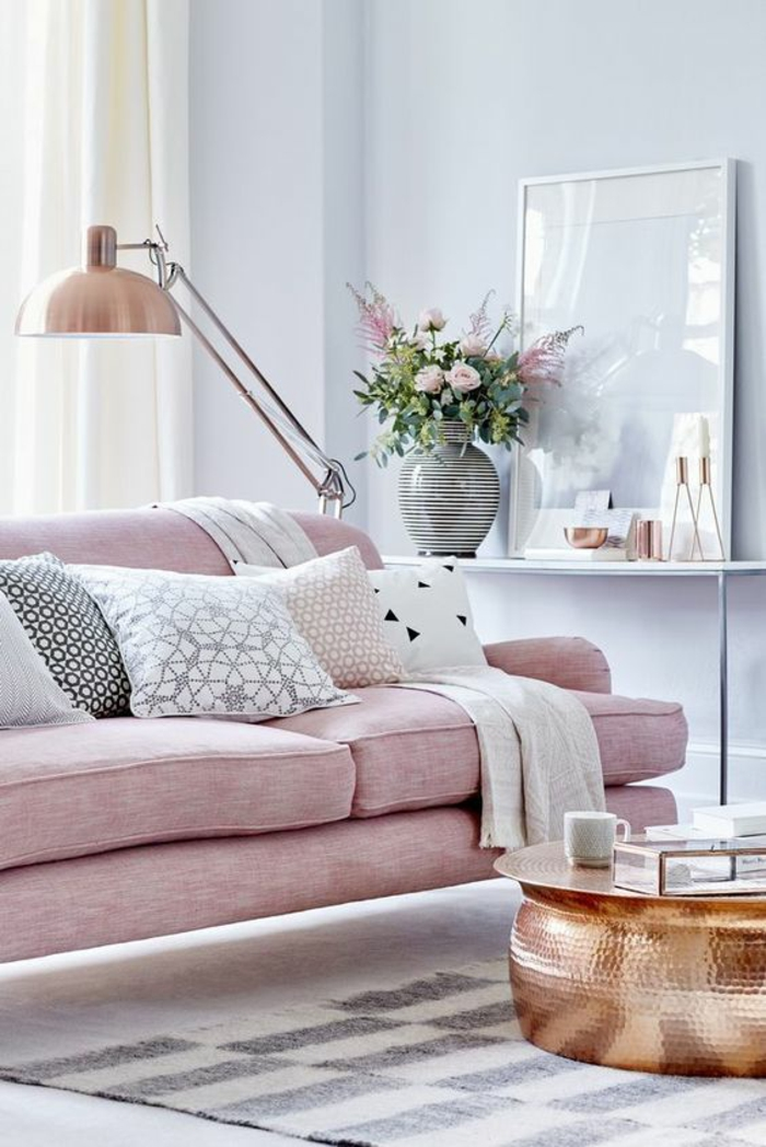 Room With Pale Lilac Walls And Salmon Pink Sofa Five Differently Colored Cushions 70 Living Color Ideas For A Stylish Modern Home