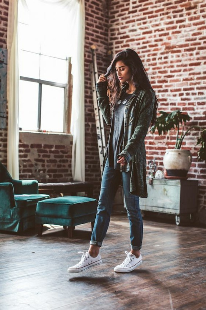 cute work outfits, dark-haired young woman, wearing jeans and grey top, with long cardigan and white sneakers