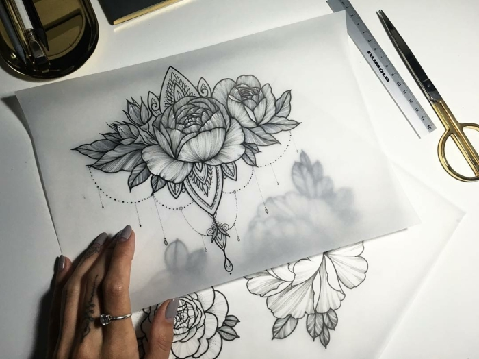 1cb70e086f576 ▷1001 + Ideas for Beautiful Flower Tattoos and Their Secret Meaning