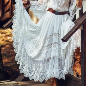 Boho Style - Chic Outfits With Romantic Vintage Charm