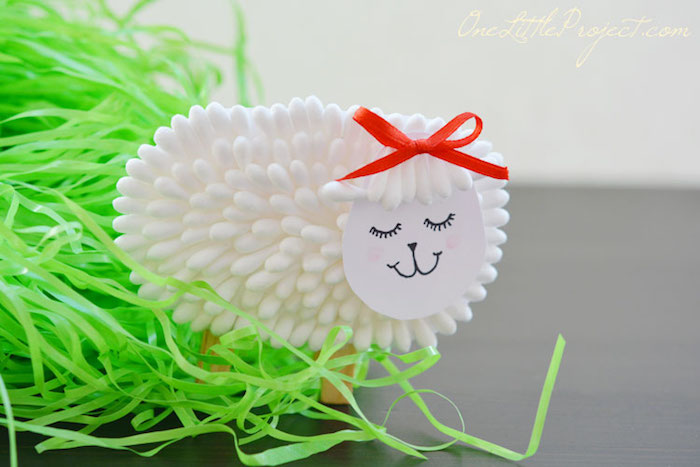 finished lamb decoration, craft ideas for kids, standing near bright green Easter grass