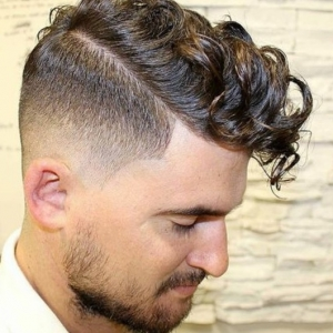 63 Tips For Guys With Curly Hair. The Best Hairstyles Of 2017!