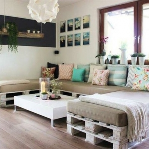 How to Make a Pallet Couch - Tutorial and 60 Great Ideas
