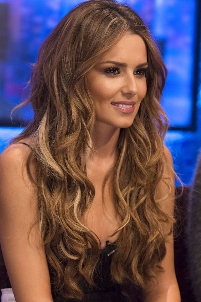 dark blonde hair styles 1001 ideas for brown hair with highlights or balayage 9552 | cheryl cole smiling with curled medium brown hair parted in the middle and decorated with dark blonde highlights