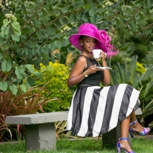 Looking for Stylish Garden Party Attire? We have 70 Stylish Ideas!