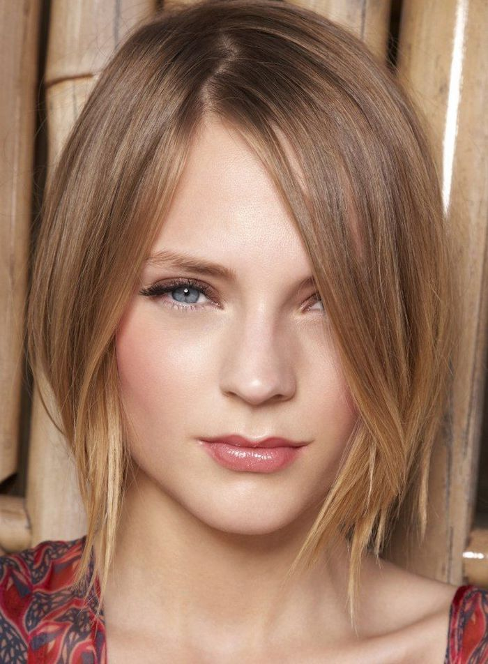 close up of a young woman, with sooth and straight honey blonde hair, wearing glossy lipstick, short hairstyles for fine hair