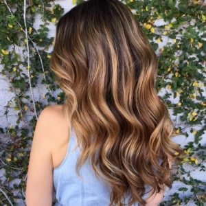 Balayage Dark Hair - Which is the Best Option For You?