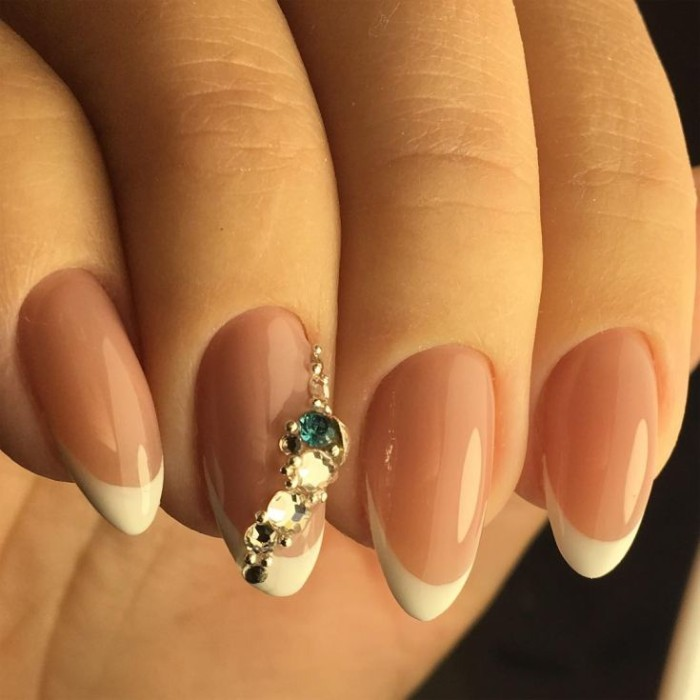 Almond Shaped Nails The Hottest Look Of Autumn 2018