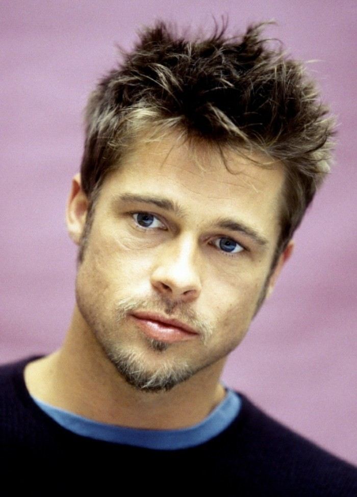 brad pitt with short brunette hair, featuring messy bangs, with platinum highlights, types of haircuts for men, popular in hollywood