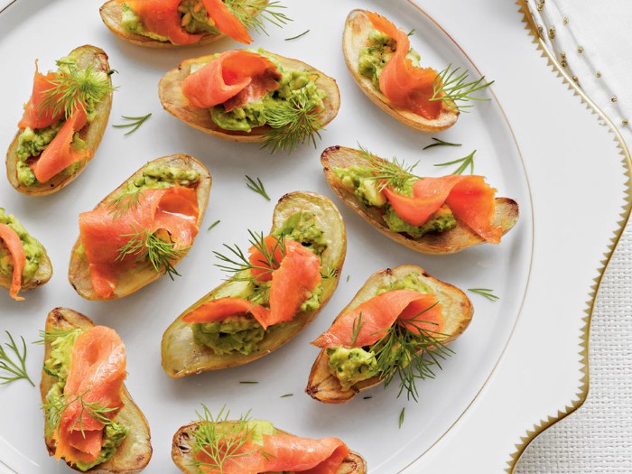 dill and smoked salmon fillets, on small pieces of toasted bread, hor d oeuvres ideas, with guacamole