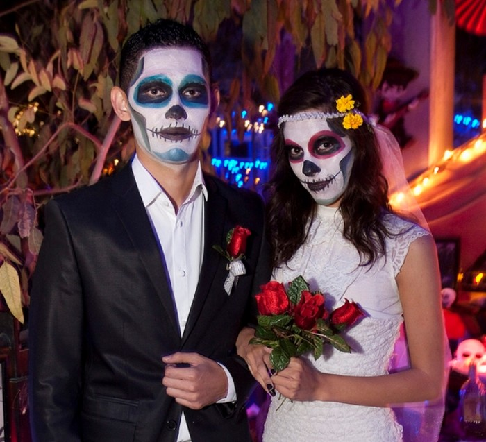 Bride And Groom Halloween Costume.70 Couples Halloween Costumes That Are Super Easy To Make