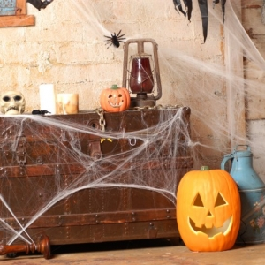 80 + Cute and Creepy Halloween Decorations for A Truly Spectacular Party