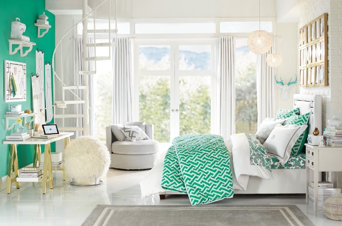 big room in white and green, with a large window, and white curtains, containing a large bed, a desk and a cream fluffy ottoman, cute teen rooms, pale grey rug