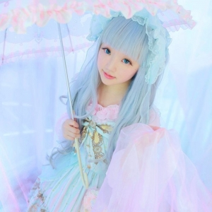 Lolita Fashion - An Extraordinary and Captivating Japanese Trend