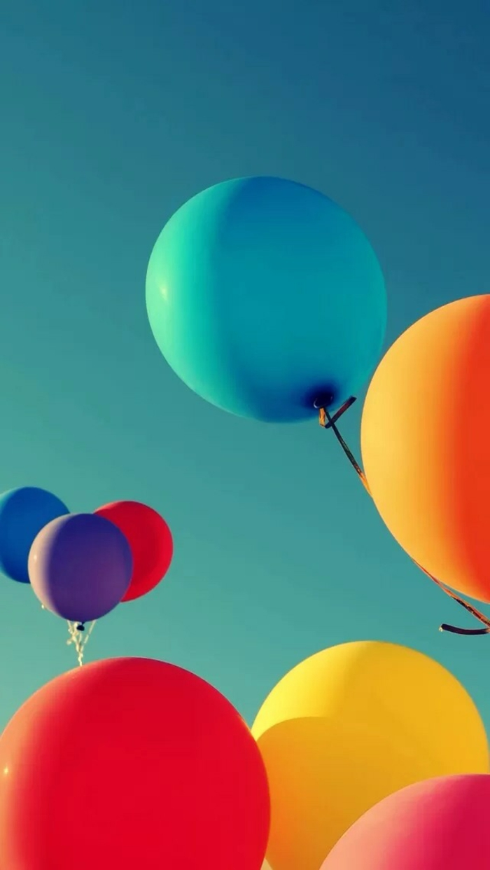 cool iphone backgrounds, colourful balloons, blue sky
