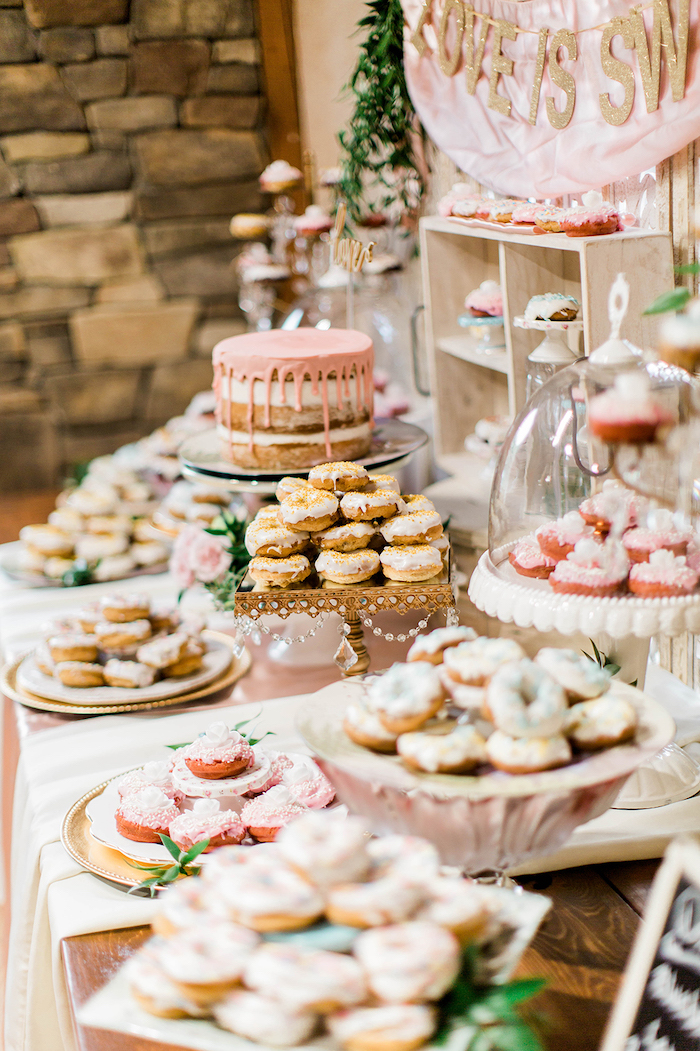 desserts on a table, love is sweet sign, rustic wedding centrepieces
