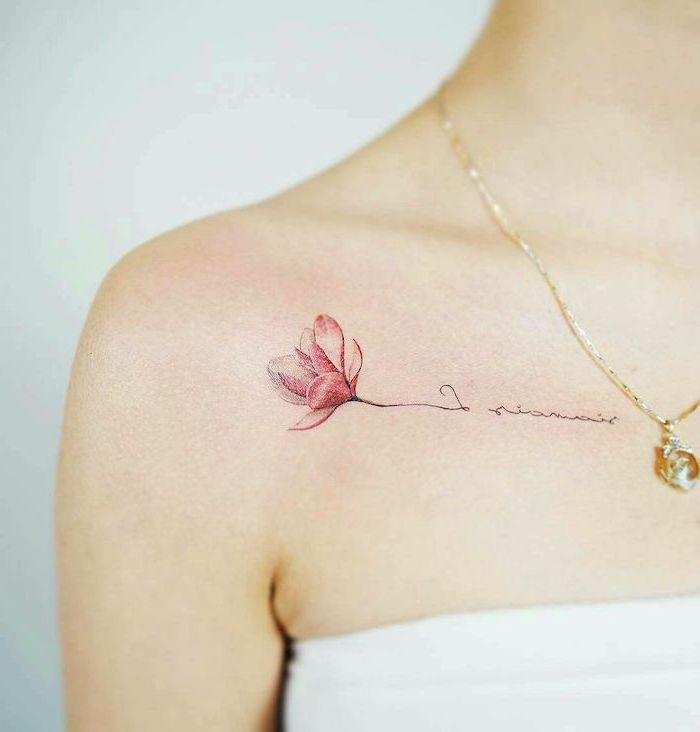 pink flower and inscription, tattoo on the shoulder, small tattoo ideas for women, golden necklace
