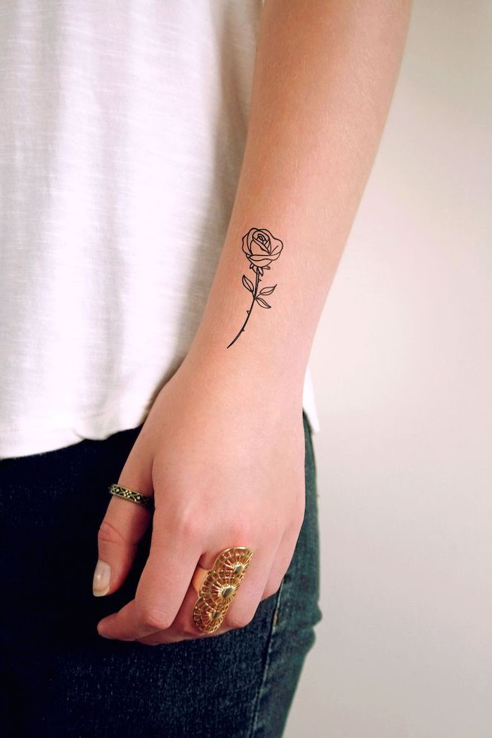 f98176f8e ▷1001 + ideas for beautiful and unique small tattoos for girls