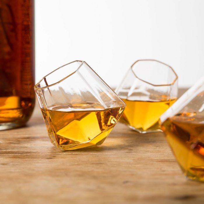 diamond shaped whiskey glasses, set of whiskey glasses, creative valentine's day gift ideas for boyfriend