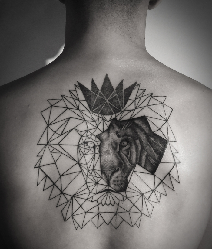 lion head, drawn with geometrical shapes, geometrical crown, back tattoo, flower of life tattoo