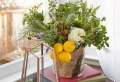 How to make flower arrangements to decorate your home this spring – tips + pictures