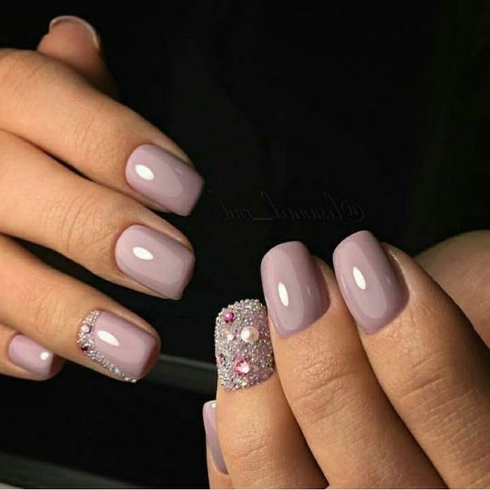 rhinestones on two nails, light purple nail polish, squoval nails, cool nail designs