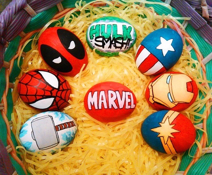 marvel characters inspired, dyed eggs, easter egg coloring ideas, green and purple, plastic basket