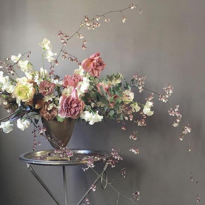 pink and white roses, large flower bouquet, diy flower arrangements, on a small metal coffee table