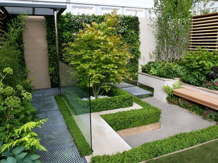 short hedges, surrounding planted trees, small yard landscaping ideas, planted trees and bushes