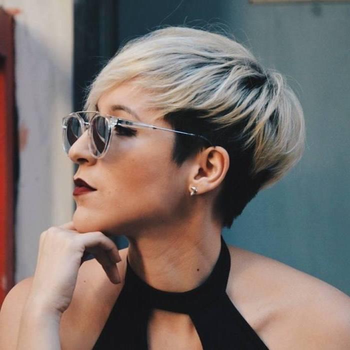 black and blonde hair, black top, plastic sunglasses, medium hair cuts for women