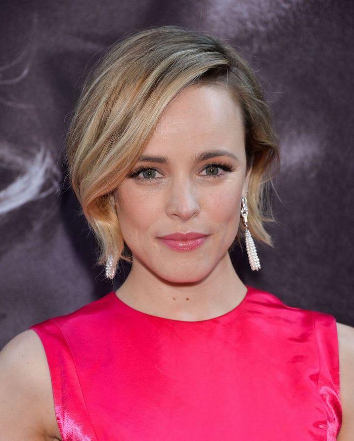 pink dress, rachel mcadams, blonde hair, short to mid length hairstyles, long earrings