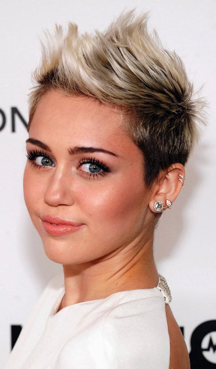 asymmetrical short hair, miley cyrus, white dress, black and blonde hair