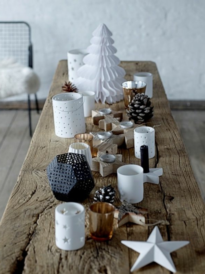 wooden table, rustic style, metal and plastic, candle holders, table arrangements, christmas theme