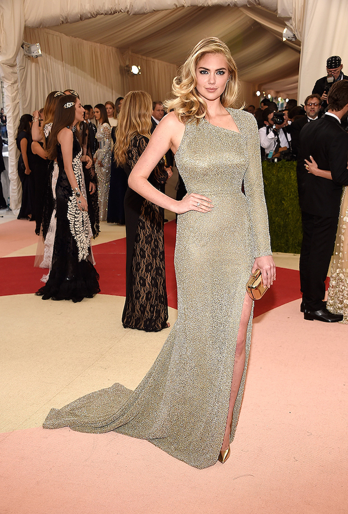 kate upton, met gala 2017 date, sequinned dress, with one sleeve, long curly blonde hair