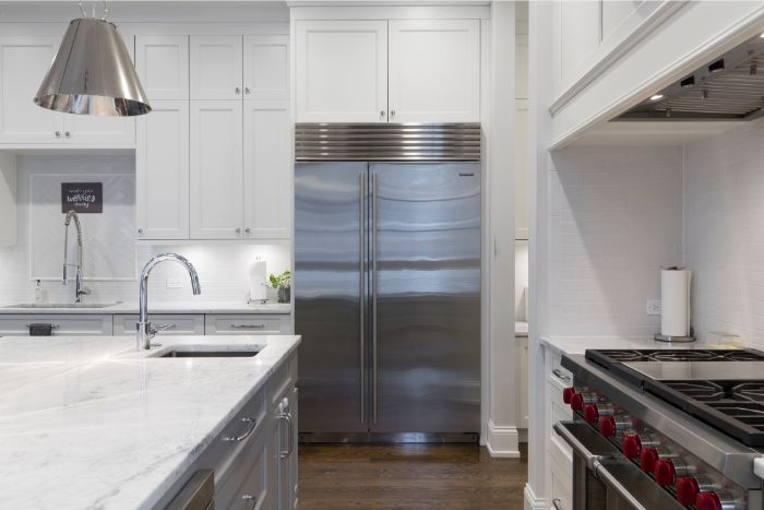 how to choose the best design for your new kitchen, white and gray furniture