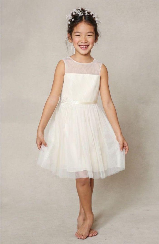 white tulle dress, baby's breath flower crown, white dresses for girls, white background