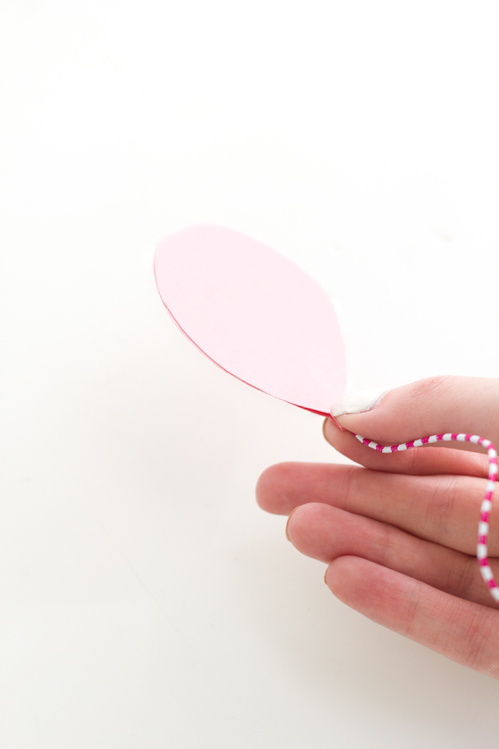 diy tutorial, step by step, sweet 16 themes, pink balloon, pink and white paper clip, cake toppers