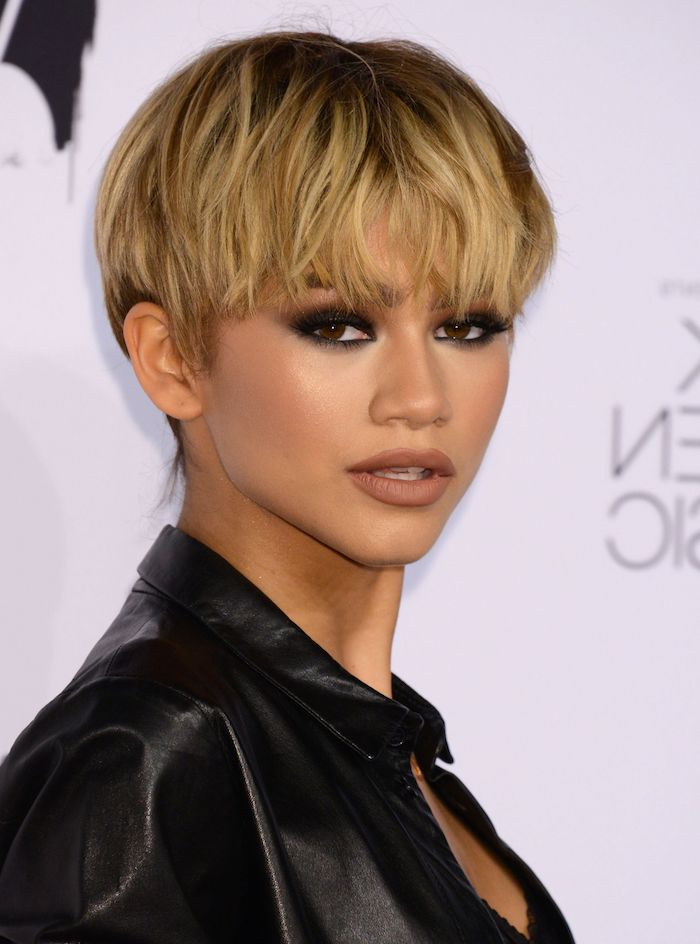 zendaya with blonde hair, black leather jacket, short hairstyles for black women