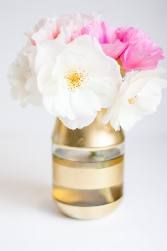 cute diys, white and pink, flower bouquet, mason jar vase, painted in gold, white background