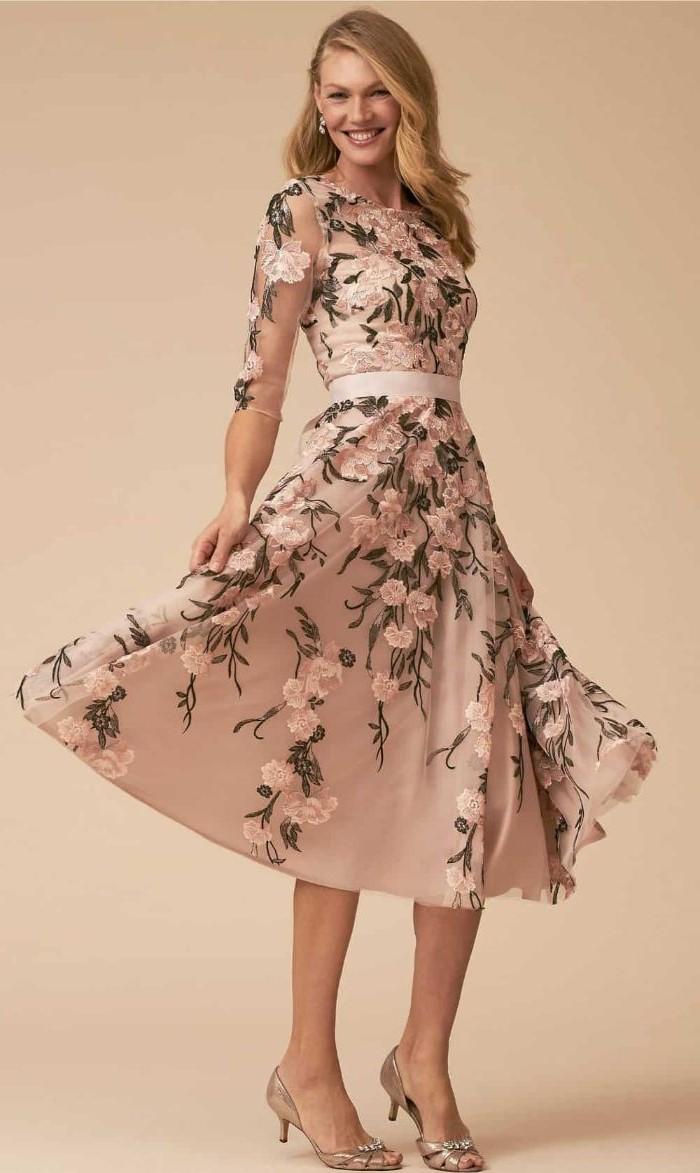 mother of the bride dresses long, floral print, below the knee, quarter sleeves, blonde wavy hair