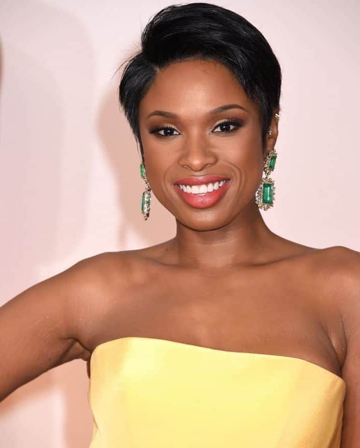 pixie cut, jennifer hudson, bob hairstyles for black women, yellow dress, long emerald earrings