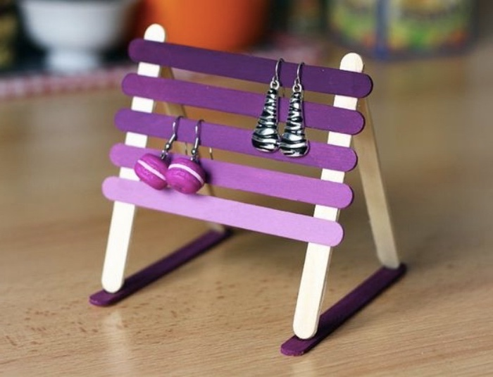 jewellery holder, made from popsicle sticks, painted in purple, creative things to do when bored