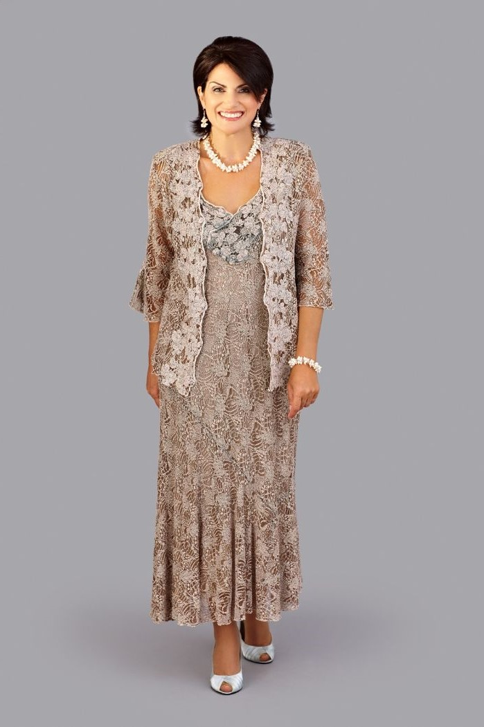 two piece, lace dress, lace jacket, quarter sleeves, champagne mother of the bride dresses, short black hair