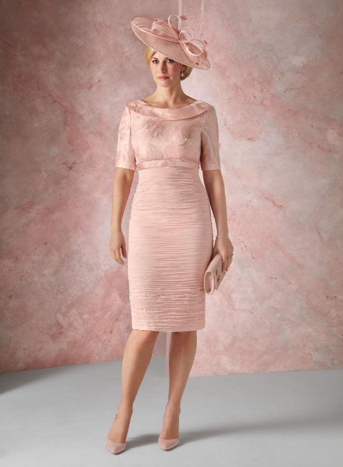 navy blue mother of the bride dress, blush dress, below the knee, pink hat, nude heels, blonde hair